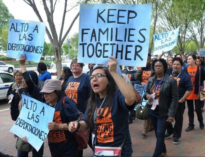 EE UU deporta a Centroamérica sin sus hijos a cientos de inmigrantes