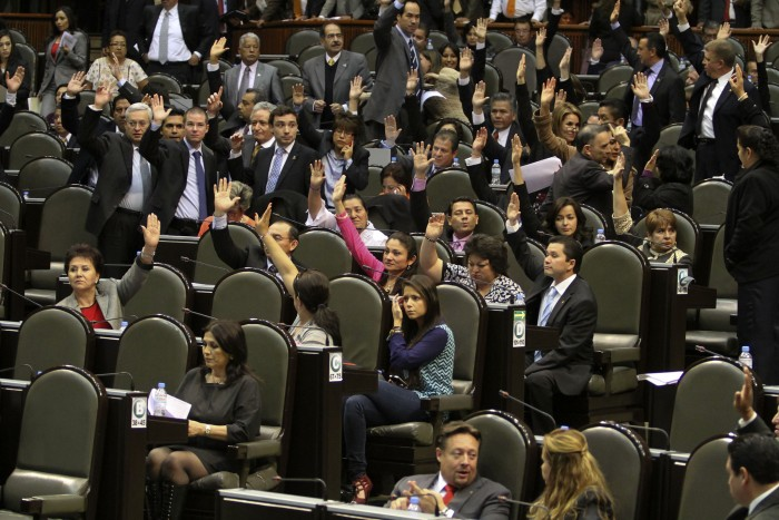 Diputados recibirán más de un Millón de pesos a su salida