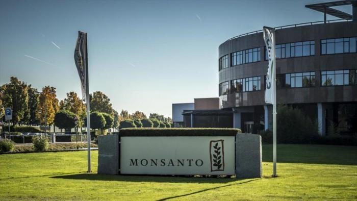Monsanto deberá pagar 289 mdd a hombre con cáncer por orden del juez