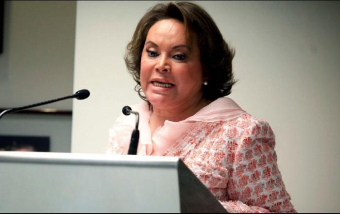 Solicita Gordillo amparo contra nueva orden de aprehensión