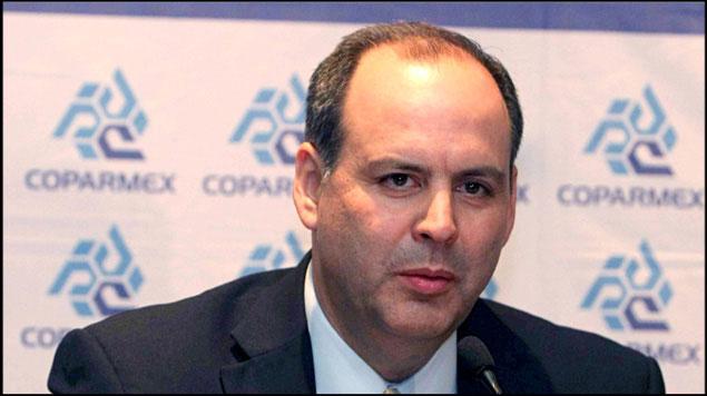Piden empresarios a AMLO reconsiderar nombramientos en CFE y Pemex