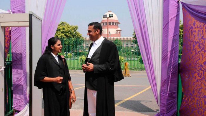 Adulterio femenino deja de ser delito en India