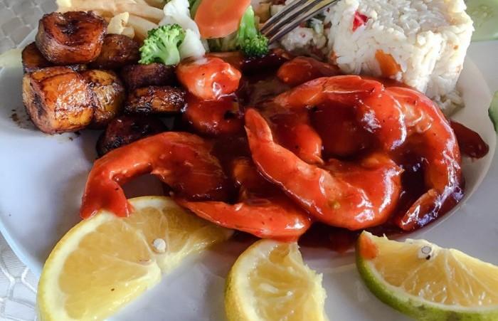 platillo_comida_camarones_restaurante_2