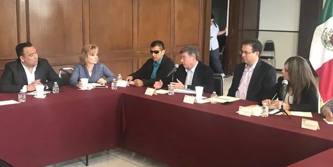 Comparece Rogelio Montemayor ante el Congreso del Estado a Defender el Fracking