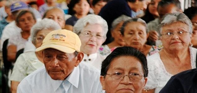 Cambia AMLO  edad para recibir pensión de adulto mayor de 65 a 68 años.