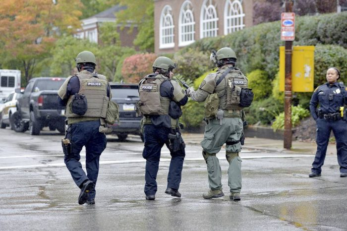 Mueren al menos 11 personas por tiroteo en sinagoga de Pittsburgh