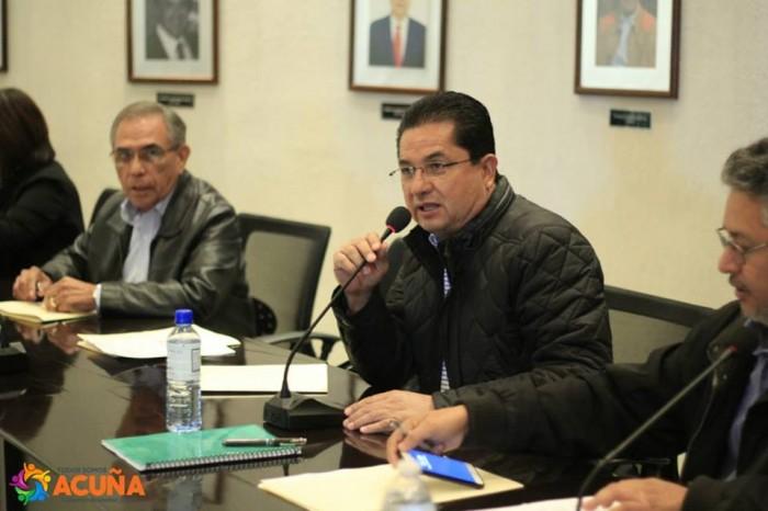 Encabeza Roberto De Los Santos Vazquez Primera Sesión de Cabildo de Octubre en Acuña Coahuila.