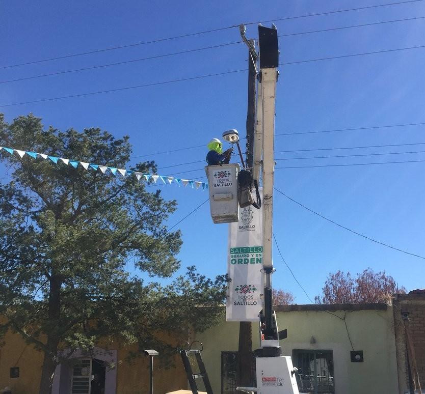 Amplían cobertura de energía eléctrica en ejidos de Saltillo