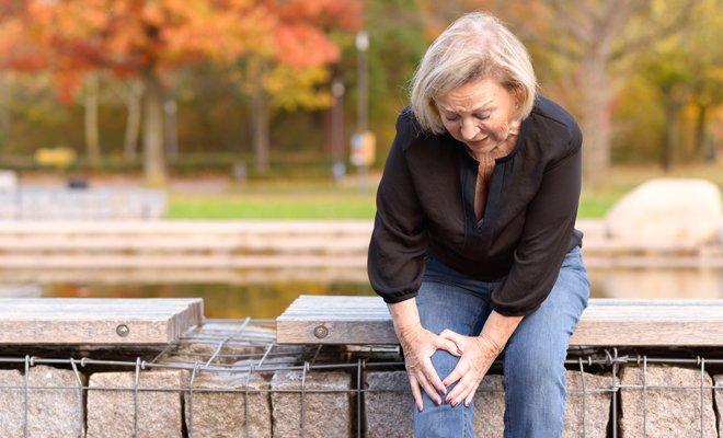 Dolor en las articulaciones en la menopausia: causas y remedios