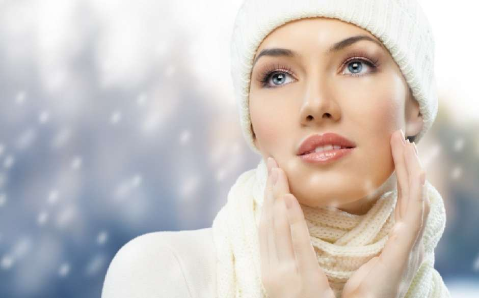 Como mantener hidratada la piel en temperaturas frias.