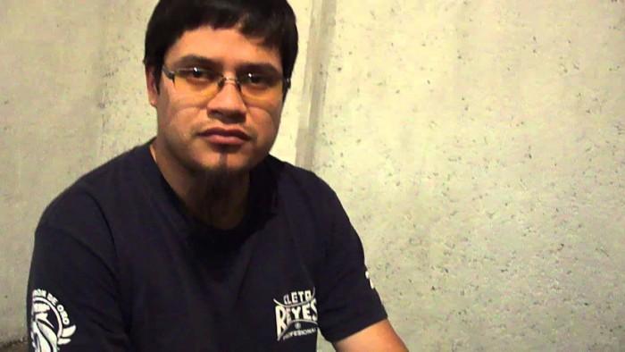 Deportan al activista Alejandro Cerezo; exigen un alto a la criminalización
