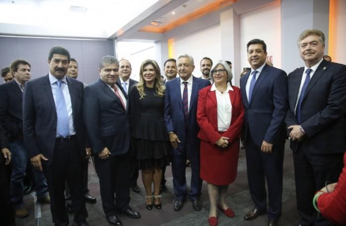 """CELEBRA GOBERNADOR LA INCLUSIÓN DE PIEDRAS NEGRAS AL PLAN """"ÚLTIMA VENTANA"""""""
