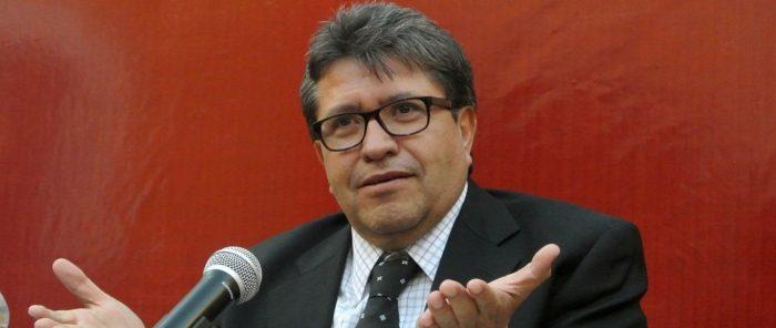 Intereses bancarios en México, un abuso cercano a la usura: Monreal