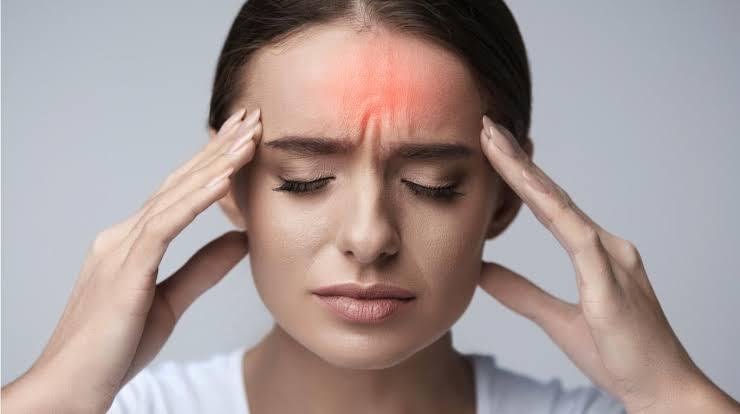 Remedios caseros y naturales para eliminar la jaqueca o migraña.