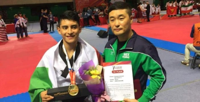 William Arroyo gana oro en Mundial de Tkd Poomsae