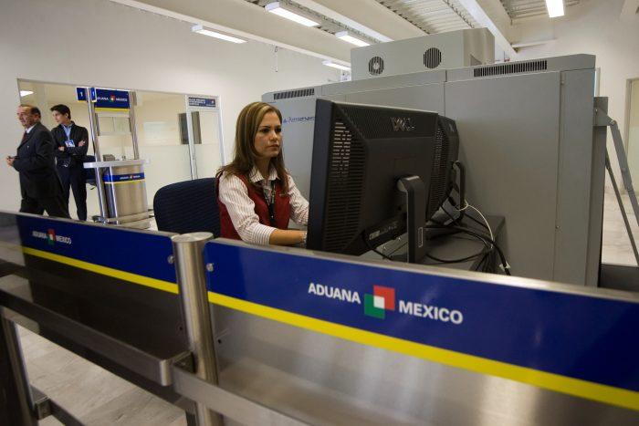 SAT permitirá entrada libre de 500 dólares en mercancía a mexicanos