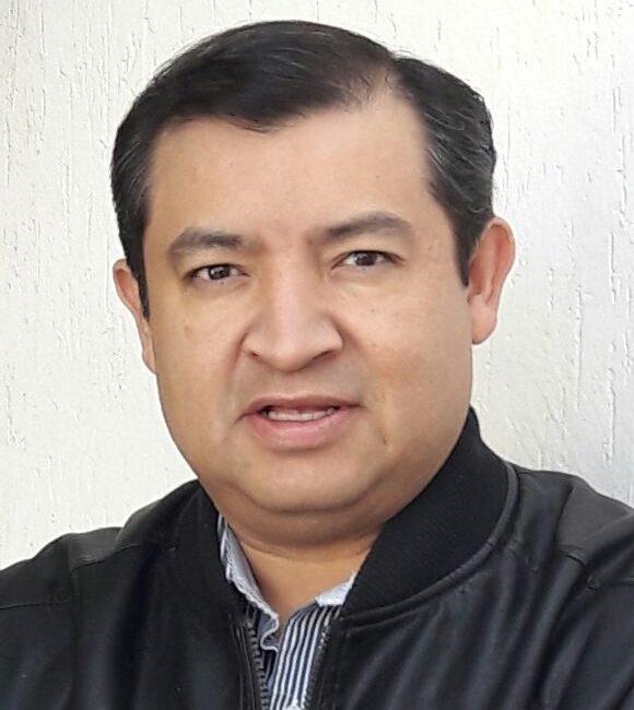 AVISO DE CURVA  Rubén Olvera Marines