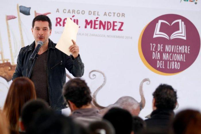 Comparte actor Raúl Méndez lectura en voz alta con saltillenses