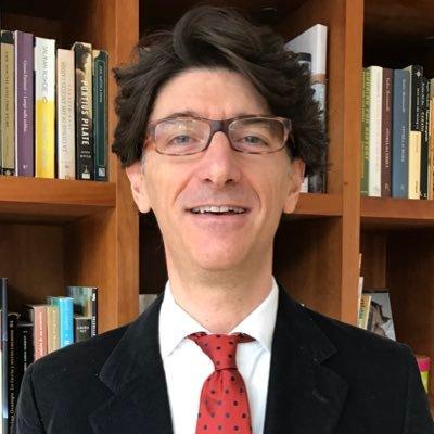 """""""Si no cambiamos, podemos llevar a una generación hacia la pobreza"""" Maurizio Bussolo"""