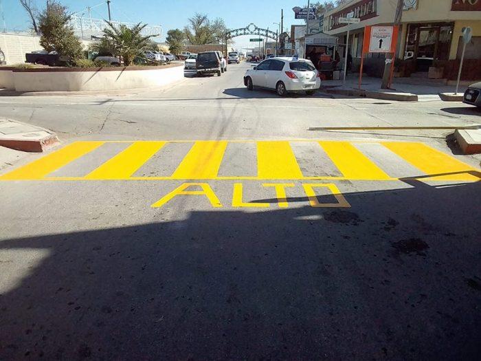 La Administración Municipal de Acuña inició la colocación de señalización de tránsito