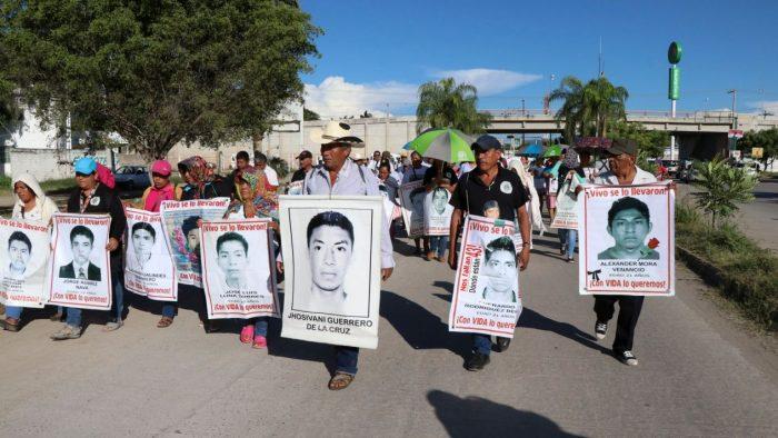 Publican decreto para conformación de Comisión de la Verdad del caso Ayotzinapa