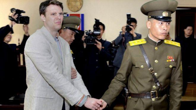 Un juez estadounidense ordena a Corea del Norte pagar 501 millones a los padres de un preso fallecido