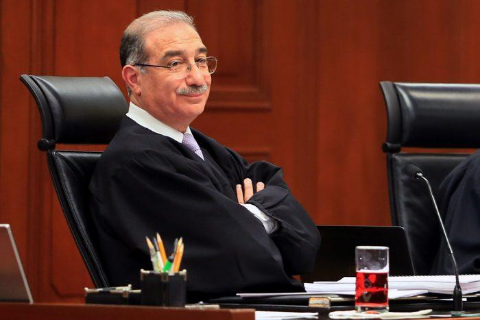 Pérez Dayán, el ministro que frenó recortes en los sueldos