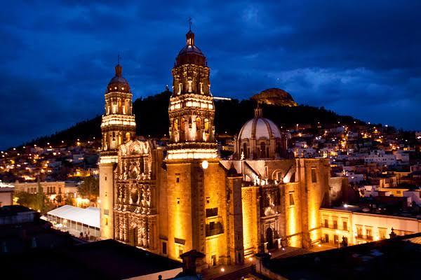 Visita Zacatecas.