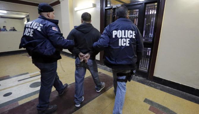 ICE arresta a 170 inmigrantes que buscaban la custodia de niños indocumentados