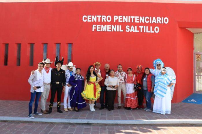 """Se presenta ensamble musical """"Diablos y Pastores"""" en el Centro Penitenciario Femenil"""