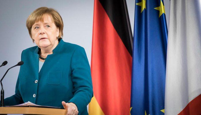 """Merkel reconoce a Guaidó como """"presidente interino legítimo"""" de Venezuela"""