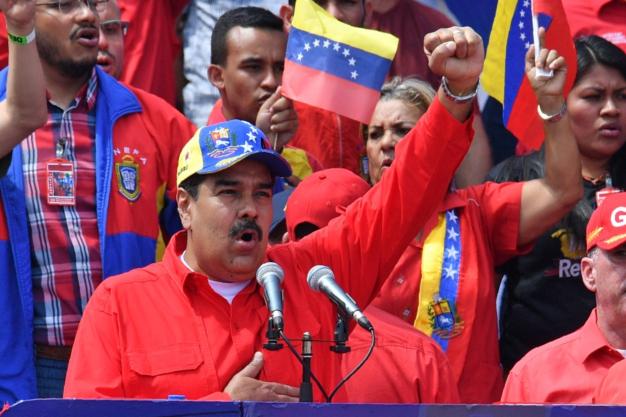 Nicolás Maduro avala elecciones parlamentarias adelantadas este año