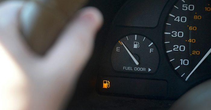Precio de Gasolina deprecia autos 8 cilindros