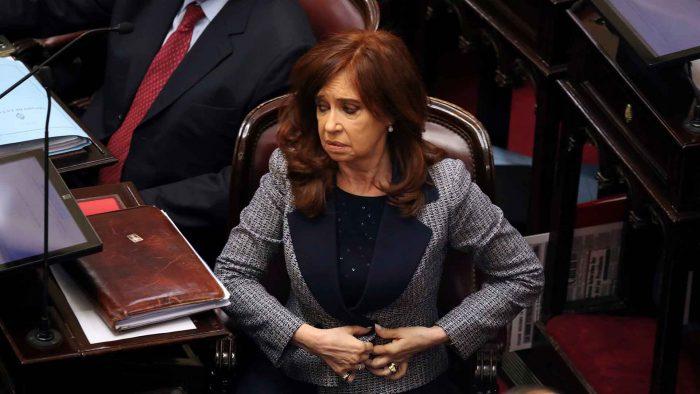 Cristina Fernández de Kirchner se sentará por primera vez ante un tribunal el 26 de febrero