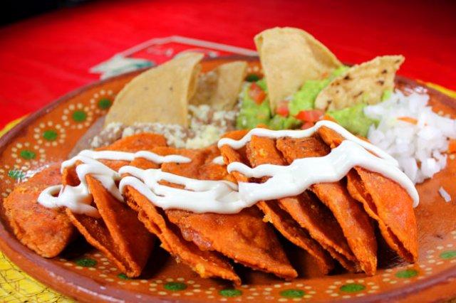 Prepara en casa las deliciosas ¡Enchiladas Potosinas!