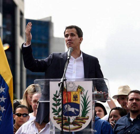 Francia reconocerá a Guaidó si Maduro no anuncia hoy elecciones presidenciales