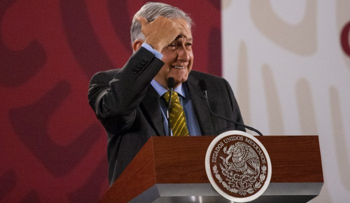 AMLO, Ocurrencias o Distractores