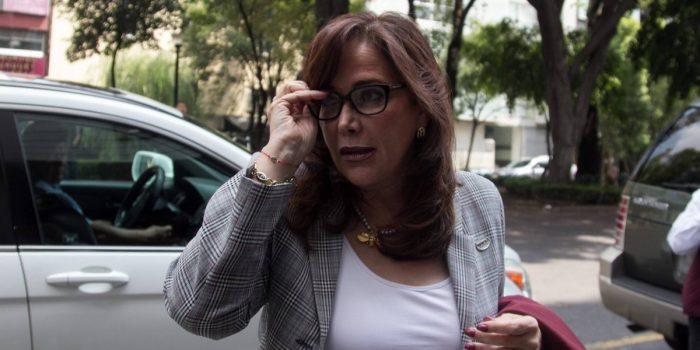 Piden a presidenta de Morena que se vaya a Cuba o Venezuela