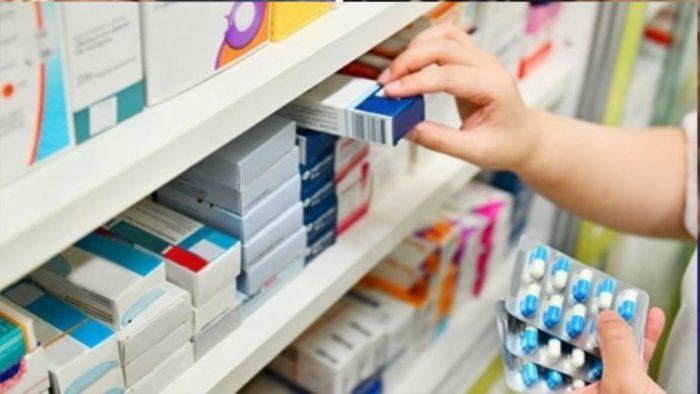 Dan amparo a empresa vetada por AMLO en licitaciones de medicamentos