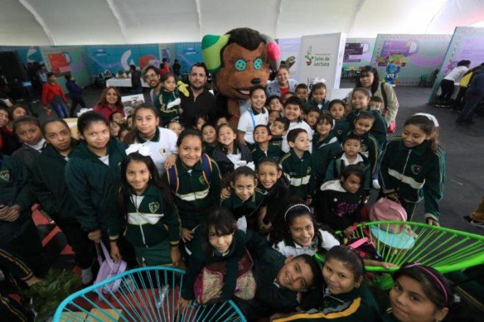 """Viajará """"El perro pestañas"""" a otros municipios de Coahuila"""