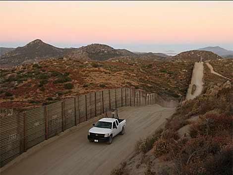 Hallan sin vida a una niña de 7 años de la India en el desierto de Arizona