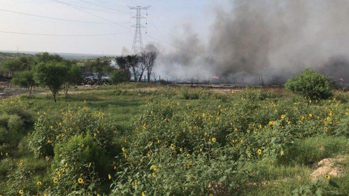 En Acuña , Trasladan 118.000 llantas a relleno sanitario y se incendian dos días después...