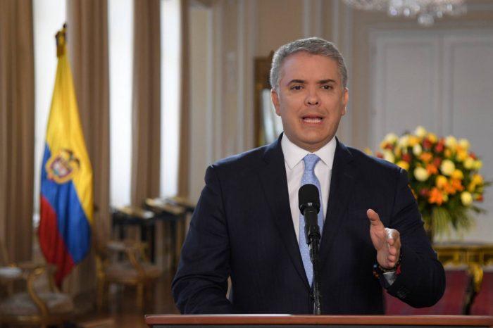 Duque acusa a Maduro de resguardar a los excomandantes de las FARC que retoman las armas