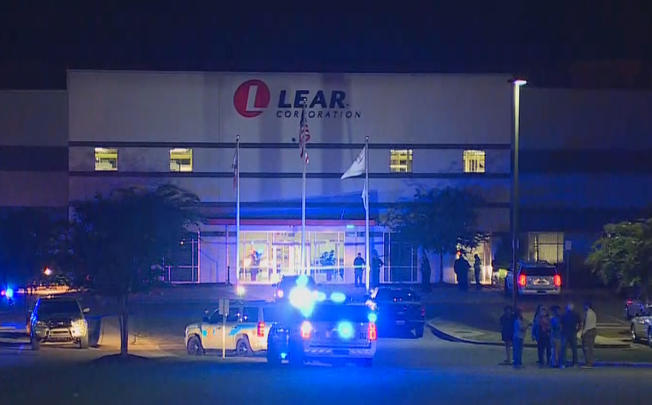 Un muerto en tiroteo dentro de una fábrica de Alabama