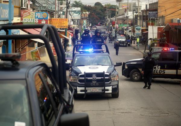 Juez ordena detención de 7 policías por presuntas ejecuciones extrajudiciales en Nuevo Laredo