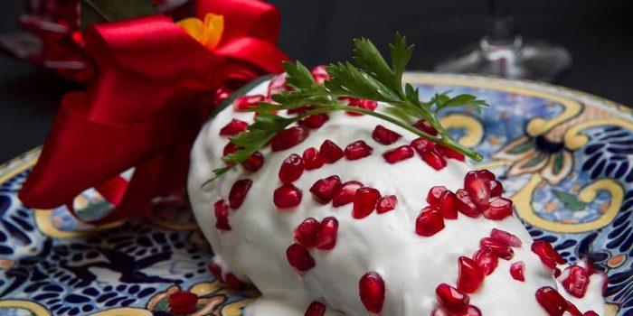 Festeje el grito con unos deliciosos Chiles en Nogada.¡¡¡