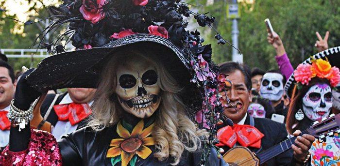 Ofrendas, catrinas y leyendas: Las mejores actividades del Festival de Día de Muertos