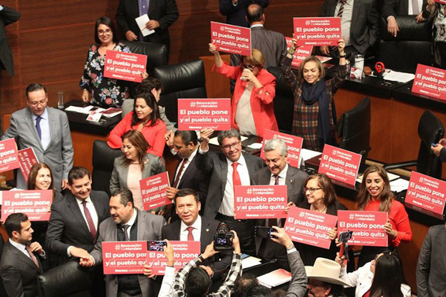 Senado aprueba la revocación de mandato y cambios en la consulta popular
