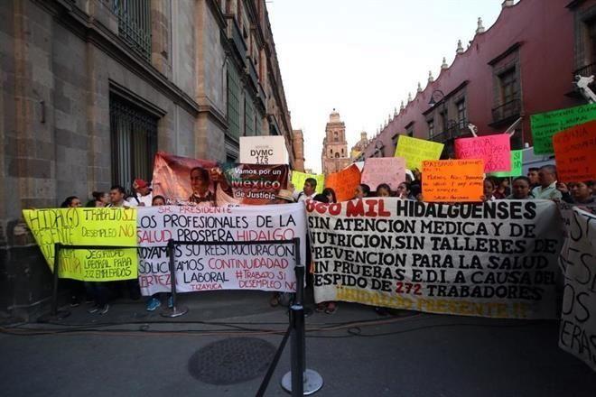 Despedidos diez mil trabajadores del Seguro Popular; solicitan audiencia con AMLO
