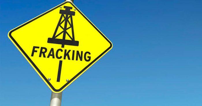 Reino Unido suspende uso de 'fracking' por temor a sismos